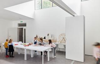L'architecture est aussi affaire d'usage : accueil de loisirs de la Celle Saint-Cloud, Schema Architectes